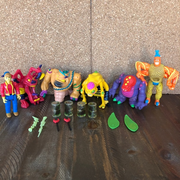 Vintage 1994 Toymax Creepy Crawlers Action Figures